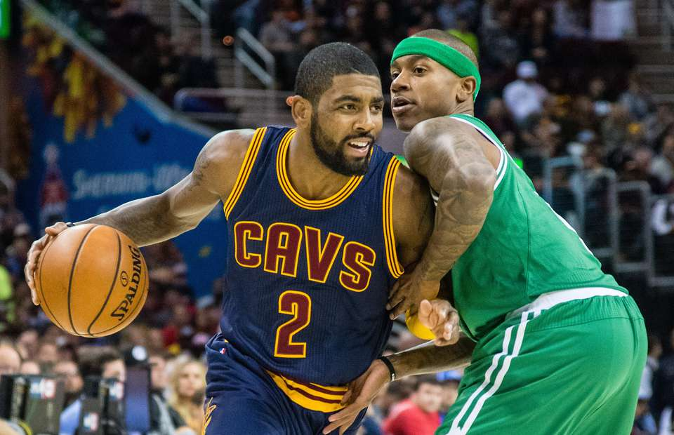 Los Boston Celtics traspasan a Isaiah Thomas por Kyrie Irving