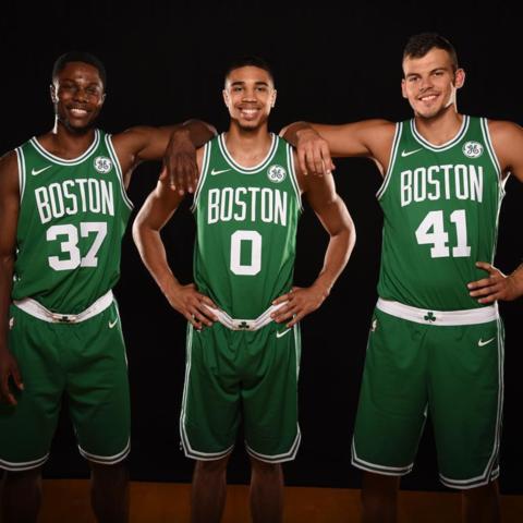 """Camiseta/equipación """"Icon Edition"""" de los Boston Celtics para la campaña 2017/18"""
