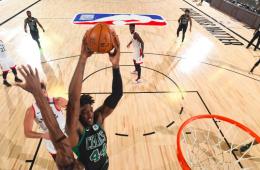 Boston derrota los Raptors en el inicio de la serie