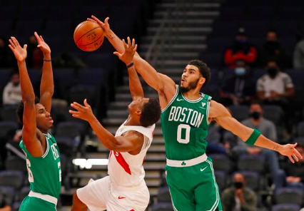 Jayson Tatum, figura en el triunfo de los Celtics sobre Toronto
