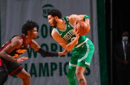 Jayson Tatum sigue liderando a Boston en la derrota contra los Hawks