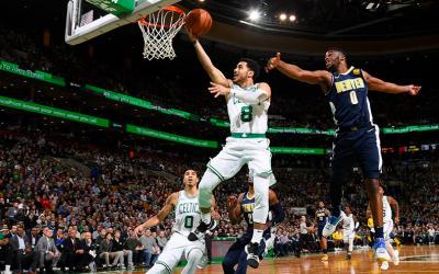 Los Celtics explotaron en ataque contra los Nuggets