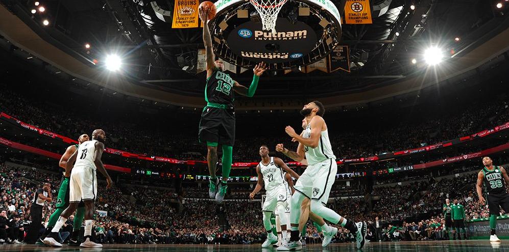Los Celtics sobrevivieron a los Nets para cerrar el 2017
