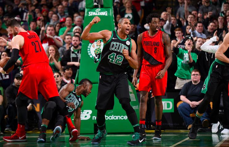 Al Horford fue el héroe de los Celtics contra Portland en la victoria 97-96.