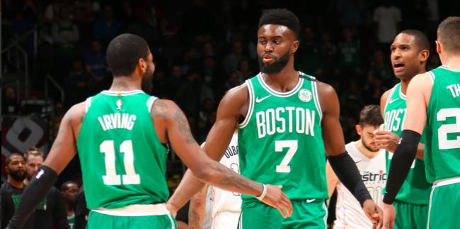 En un encuentro vibrante que necesitó de cinco minutos adicionales, los Celtics lograron quedarse con una nueva victoria por 110-104.