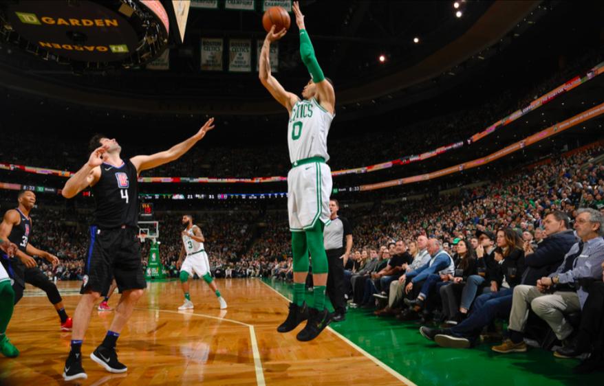 Los Boston Celtics siguen de capa caída y pierden contra los Ángeles Clippers