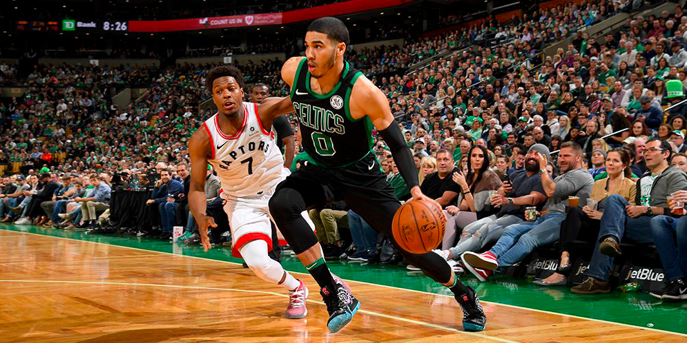 Desde la defensa, Boston derrotó a los Raptors