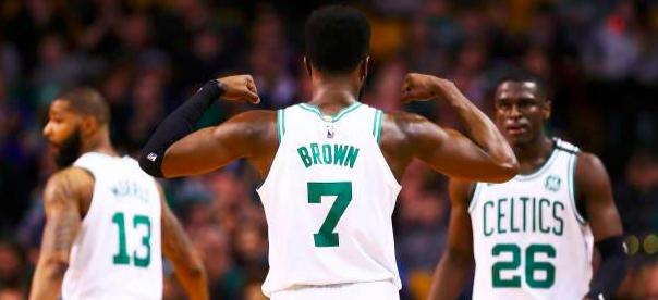 Brown y Monroe potencian a los Celtics contra los Bulls