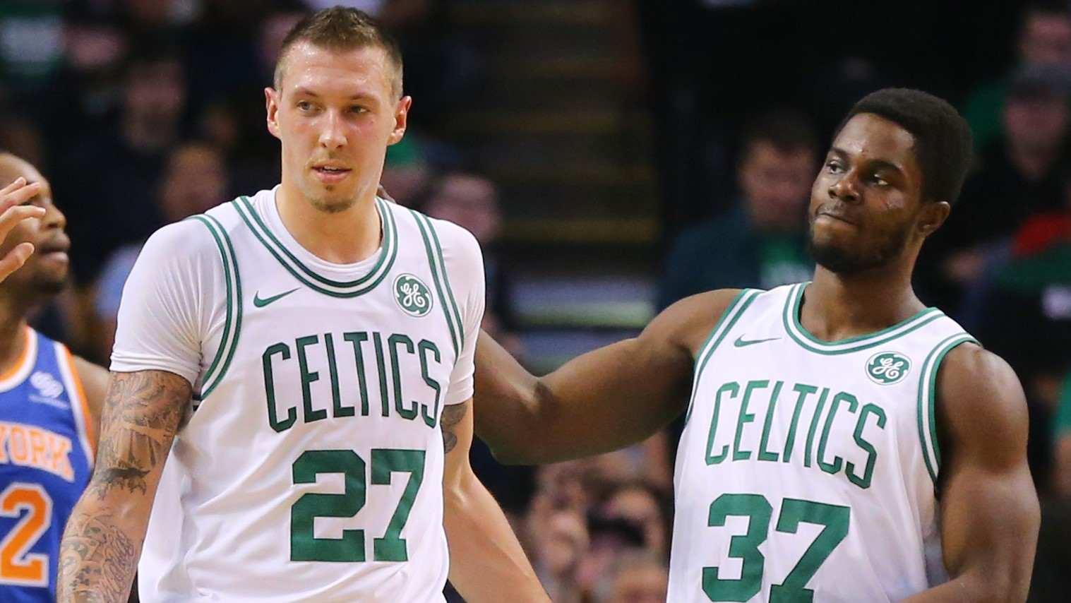 Celtics: Daniel Theis y Semi Ojeleye