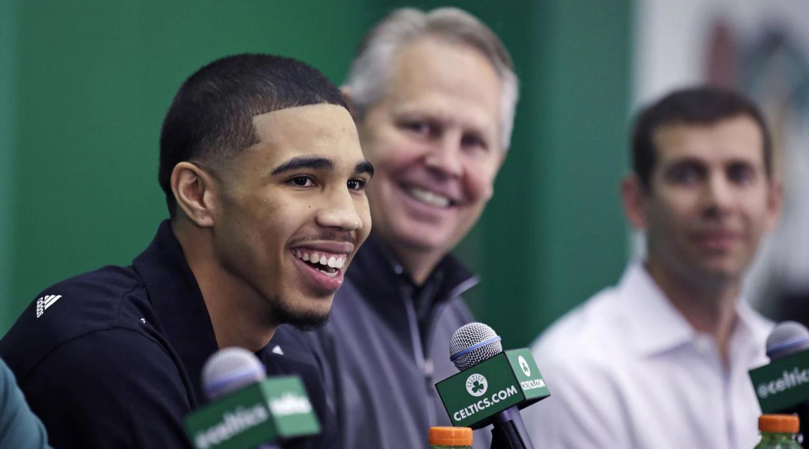 Jayson Tatum una bomba de relojería para el frontoffice de los Boston Celtics