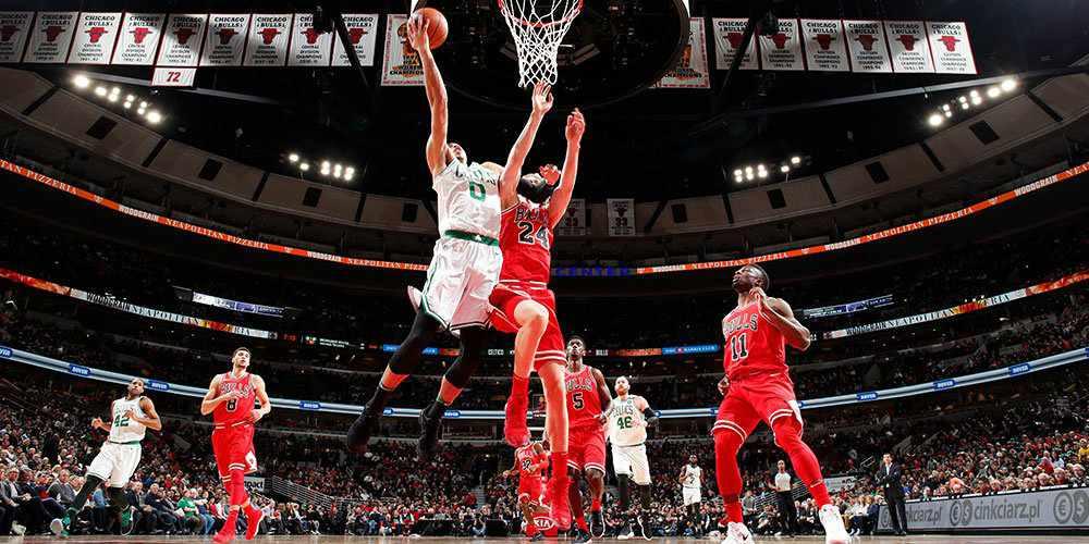 Los Celtics derrotan facilmente a los Bulls en Chicago
