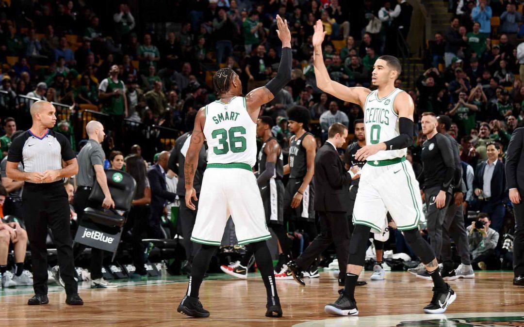 Sin Kyrie pero con Marcus, los Celtics ganaron sin sobresaltos