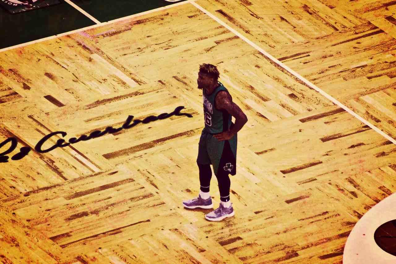 Marcus Smart vital en los Celtics desde el banco