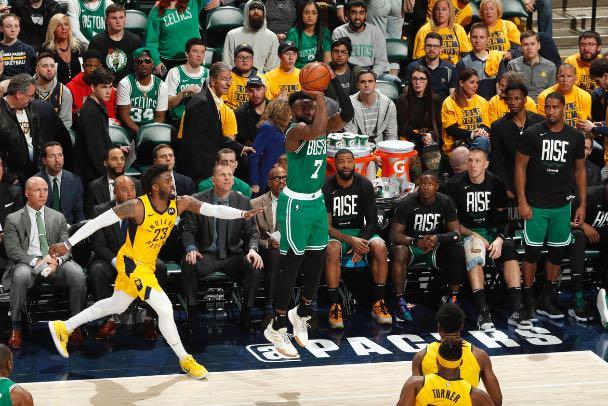 Celtics pusieron en jaque a los Pacers