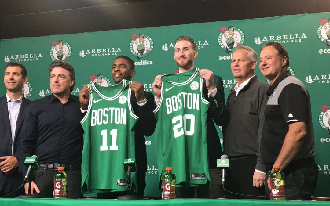 Los Boston Celtics presentan a Gordon Hayward y Kyrie Irving